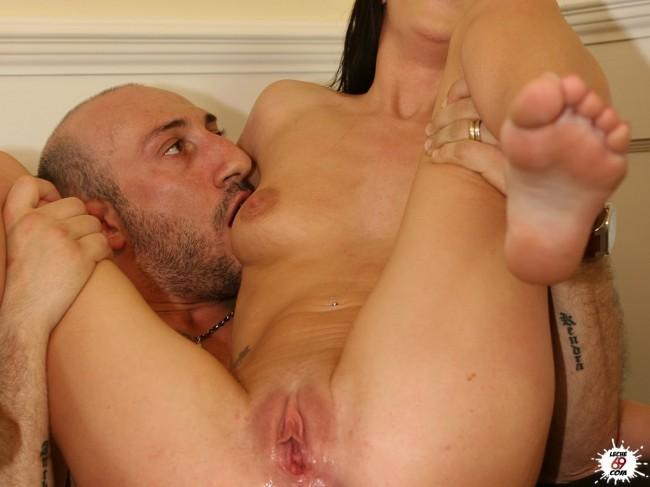 giovani tettone orge porno