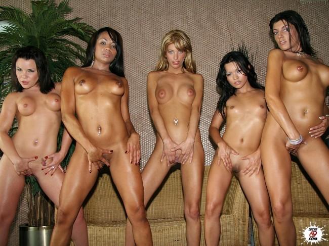 cumlouder españolas lesvianas desnudas