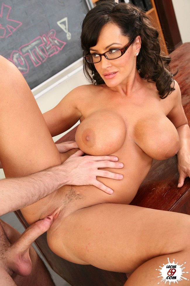 Busty voluptuous movies mature