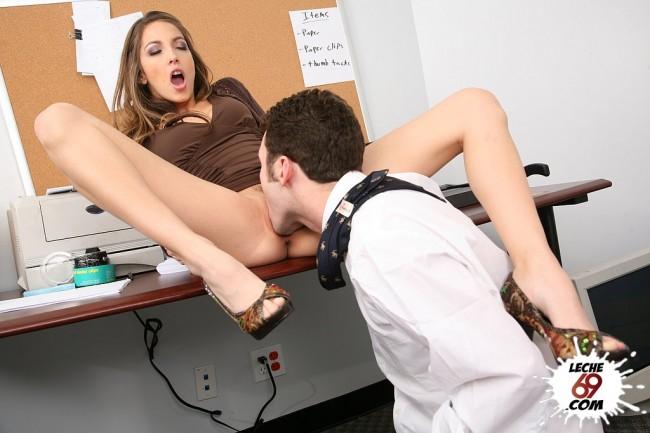 secretaria follando porn hd free
